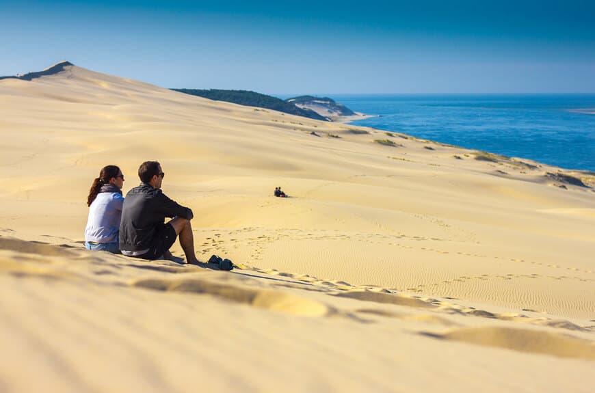 Ambiance zen et vue imprenable sur le banc d'Arguin depuis la célèbre Dune du Pilat